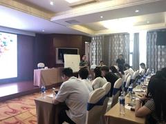 扬子地板第二轮导购人员培训会安徽区取得圆满成功