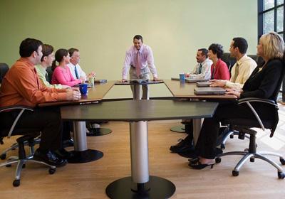 是什么导致企业管理者的权力下放?