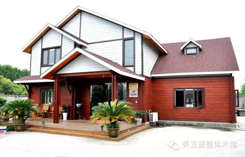 轻型木屋的设计,加工和安装,同时提供木屋配套的室内硬装,软装的设计