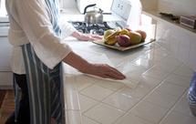 浅色瓷砖清洗方法介绍