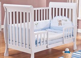 温馨整洁婴儿房装修图片