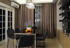 黑白韵律混搭三室,130平米三室两厅装修效果图