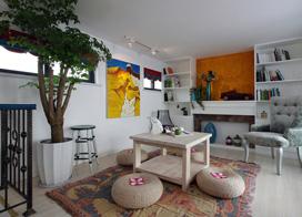 混搭出异域风情,107平米两房两厅两层公寓装修效果图
