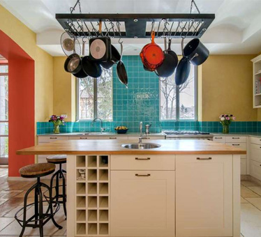 非典型美式,120平米色彩碰撞三室两厅装修效果图