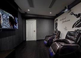 黑与白的对峙,165平米现代简约风格四室二厅装修效果图