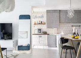 85平米北欧风格两房一厅装修效果图,蓝色全身镜真的美到爆!