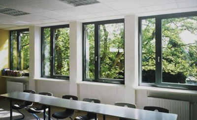什么是平开窗?为什么高层不能装平开窗?