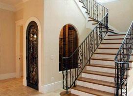 9張鐵藝旋轉樓梯圖片欣賞