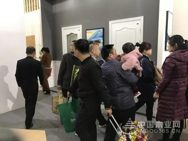 北京木门展E1+08展位,这一次兔宝宝木门全新亮相!