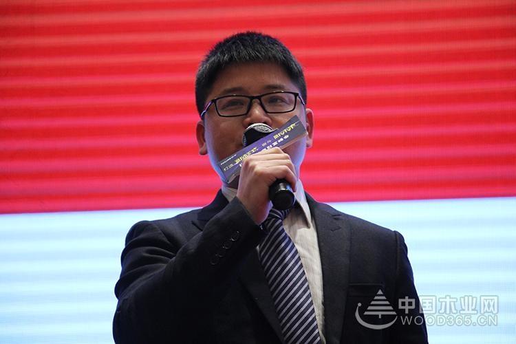 """""""斟酌不朽的过去,共铸辉煌的未来"""",2018福湘经销商财富峰会圆满落幕!"""