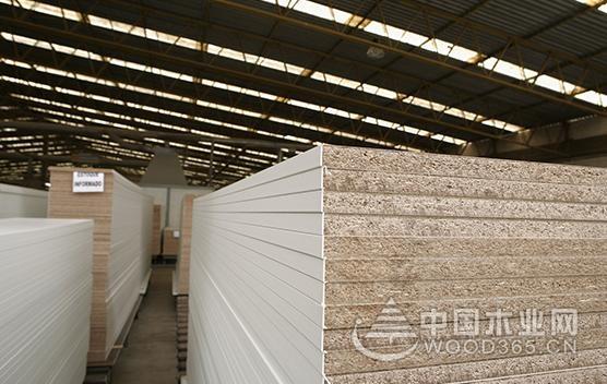 """来广州保利展馆  让你体验""""不一样""""的梦克全木板"""