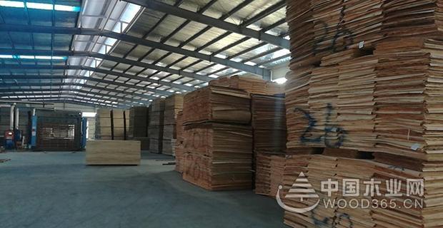 华荣澳门金沙app:视品质如生命 打造优质板材