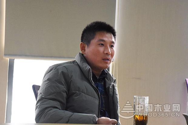 香港优饰董事长赵玉祥一行到访中国木业网
