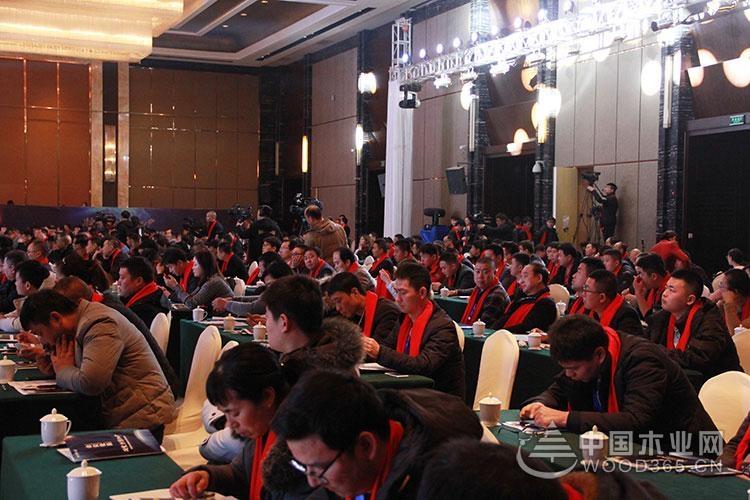 福庆家居2.0战略峰会|中国开户送彩金网专访区域经销商 聆听市场的声音