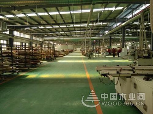 大自然木门徐州工厂:质量就是尊严