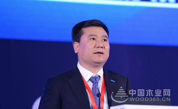 苏宁张近东:三次创业10万起家 只有偏执狂才能成功