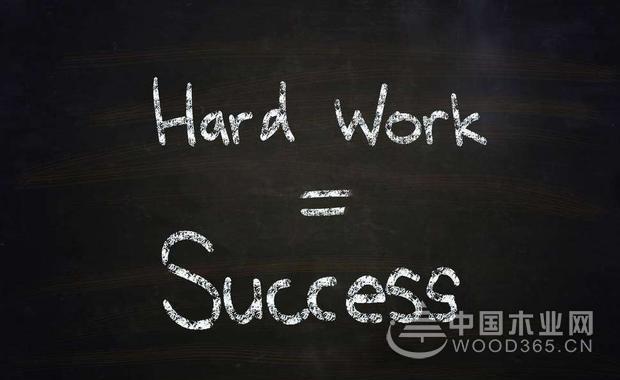 努力了就会成功吗?2个故事告诉你答案