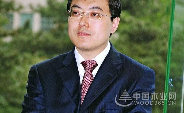 潘刚32岁,就能够出任伊利集团总裁,他是怎么做到的?
