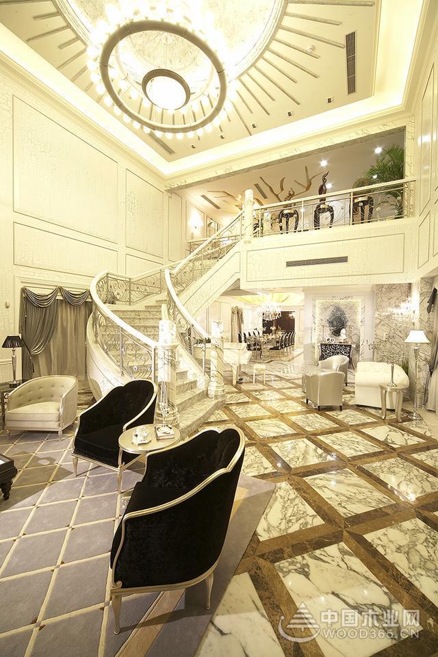 水晶装扮晶莹剔透,奢华欧式别墅装修效果图