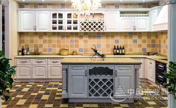 厨房装修过程中橱柜定制的注意事项