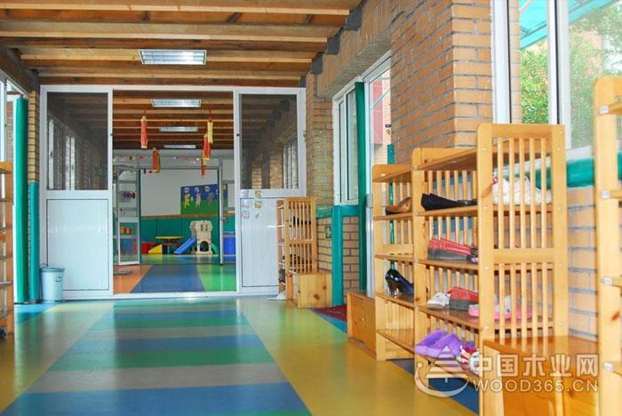 10款幼儿园走廊环境布置图片