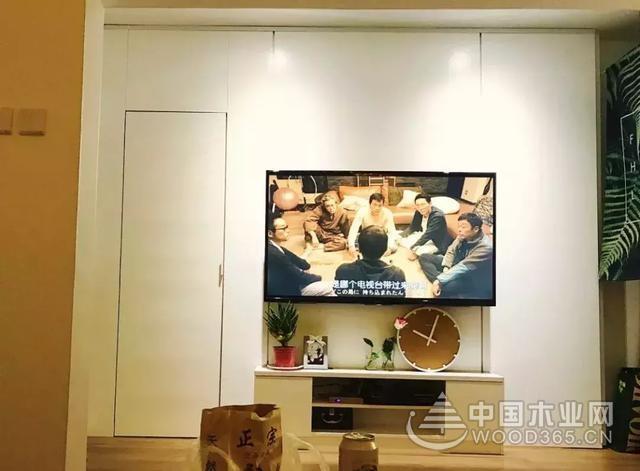 20张液晶电视背景墙设计图片,隐形门扩大背景墙的视野哦