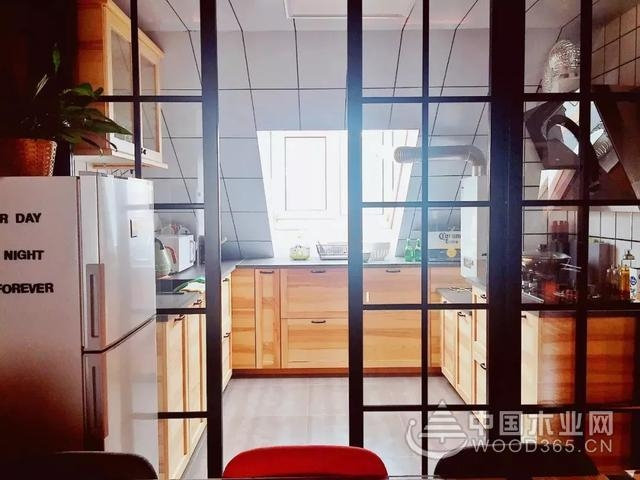 30款厨房玻璃门图片,简洁明亮,真好看!