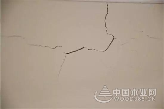 墙面裂缝处理步骤