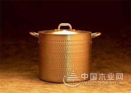 厨房用品多多,一组精品不锈钢厨具图片展示