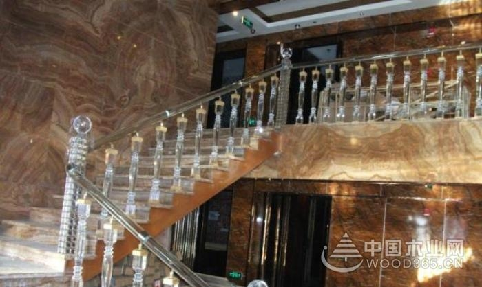 好看的水晶楼梯效果图片欣赏