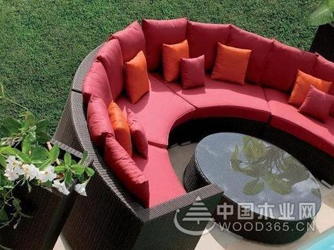 营造温馨气氛,一组半圆形沙发图片欣赏