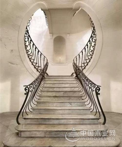 9张铁艺旋转楼梯图片欣赏