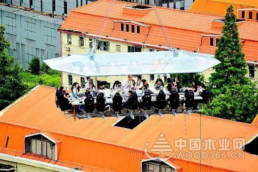 上海50米高空空中悬浮餐厅效果图片