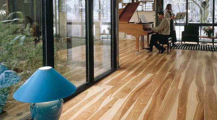 地板打蜡五步走 让你的地板焕然一新