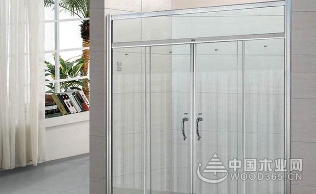 如何选购淋浴门?