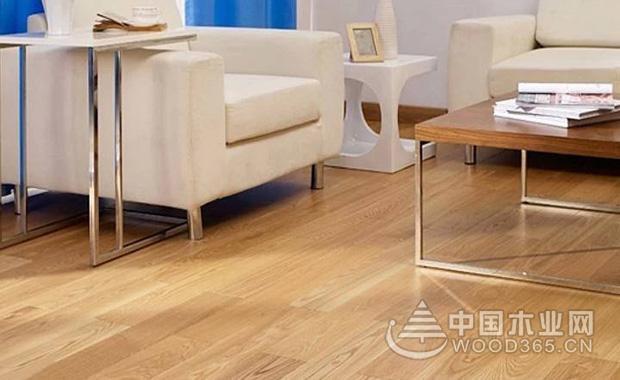 白蜡木地板优缺点有哪些?