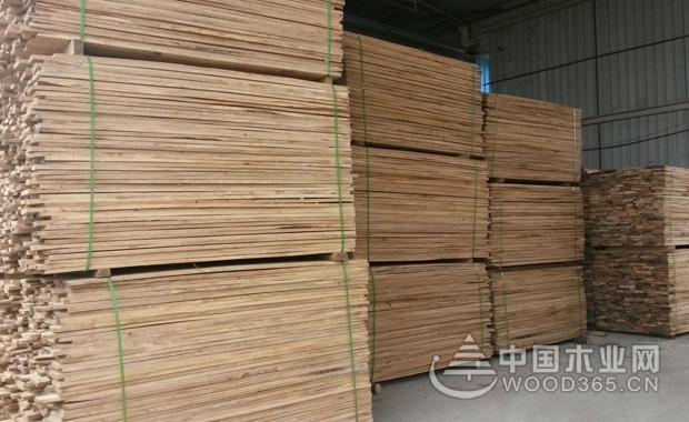 榆木板材价格是多少?榆木板材有什么优点?