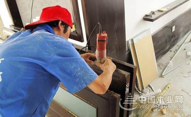 木门安装工具和步骤介绍