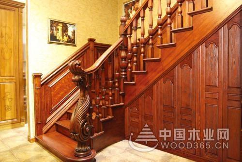 楼梯门如何装修?