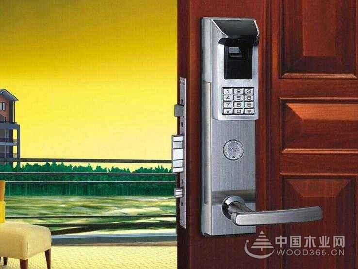 密码锁防盗门优点