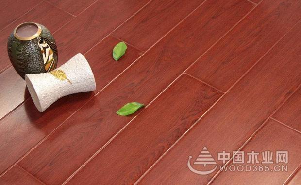 复合地板甲醛含量高吗?