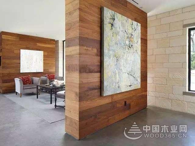 装修中木地板上墙,很不一样!
