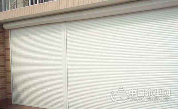 车库卷帘门尺寸和安装注意事项