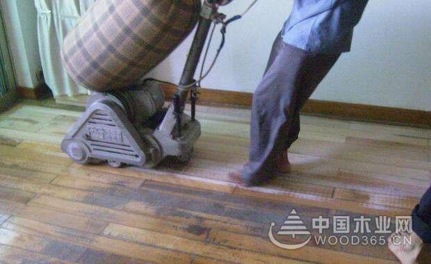 地板翻新步骤和注意事项