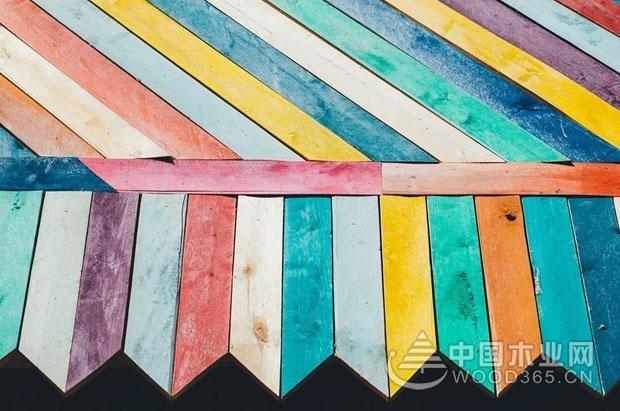 彩色地板厂家有哪些?彩色地板价格多少?