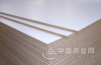 大型木胶板价格跟其质量等级有关