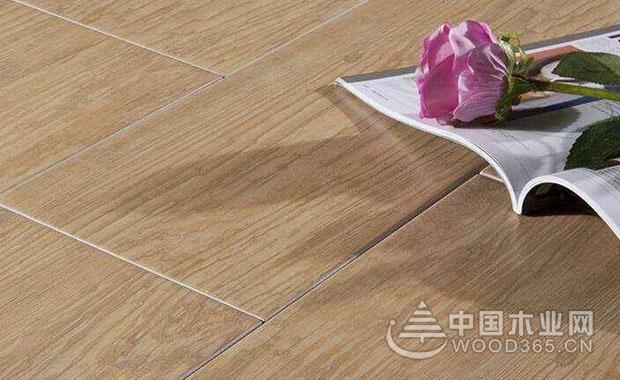 木地板老化原因和应对方法
