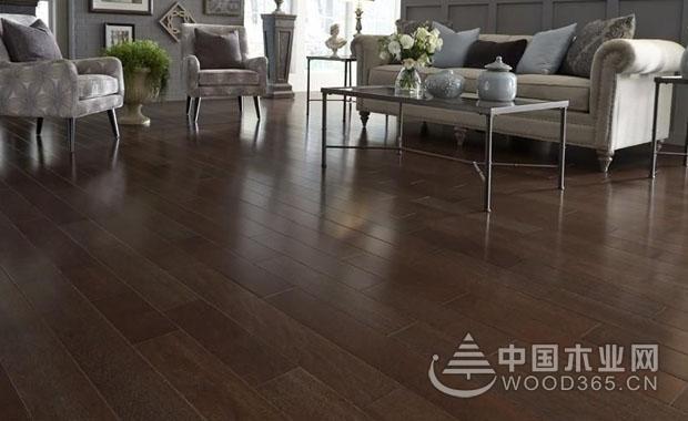 深色木地板好还是浅色木地板好?该如何搭配?