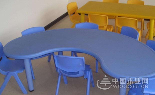幼儿桌椅尺寸和价格