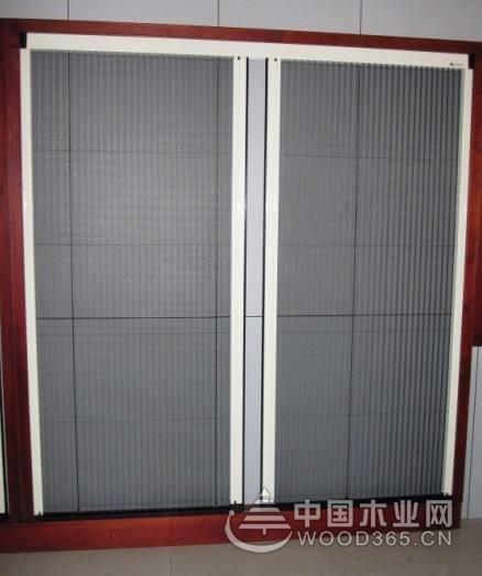 折叠隐形纱门使用注意事项